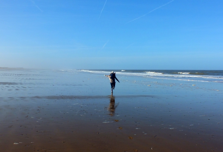 The best thing about going to the beach in February? You run around like an excitable child and there are hardly any people there to judge you :)