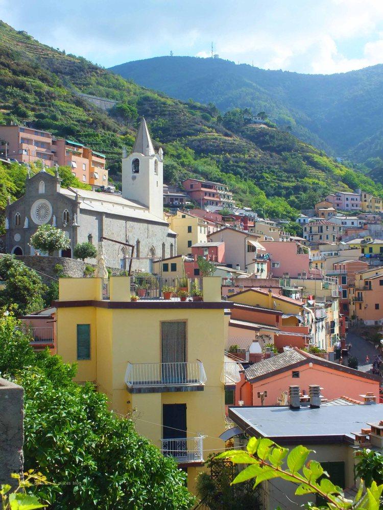 The walk into the residential area of Riomaggiore